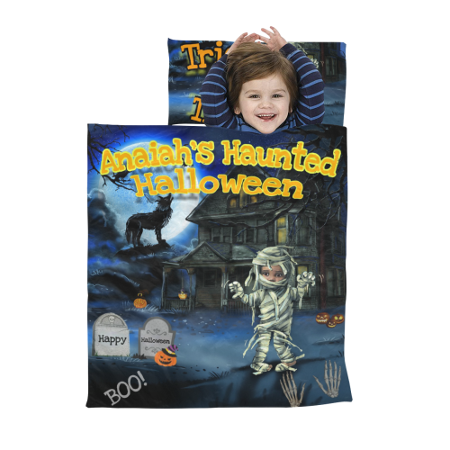 Sleep bag with words halloween Kids' Sleeping Bag