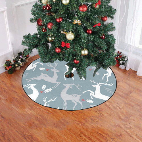 "Reindeer Christmas Tree Skirt 47"" x 47"""