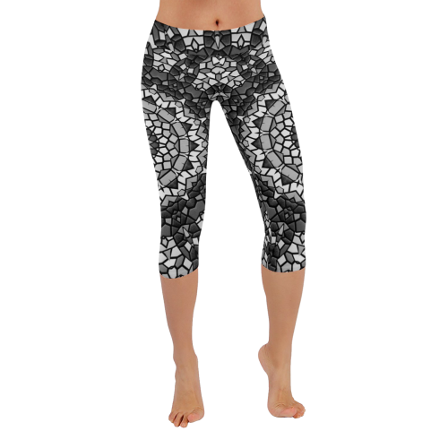 Monochrome mosaic Low Rise Capri Leggings (Invisible Stitch) (Model L08)